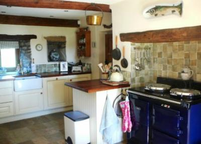 Traditional Cream Kitchen - Foulridge - The Skipton Kitchen Company ...